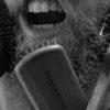 Kartacze, szczoty i szczoteczki. Czym okiełznać brodę?